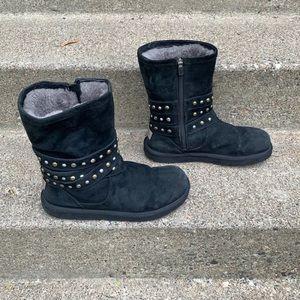Ugg 3329 Stud Shearling Women's Boots 10
